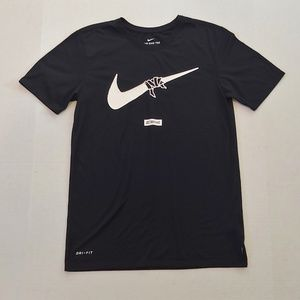 "Nike ""Just don't quit"" graphic tee"